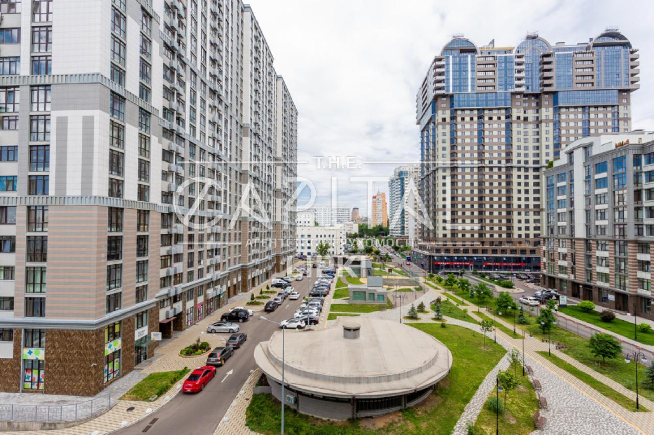 Продажа 3 комн. квартиры Михаила Драгомирова 70 за 328000 USD