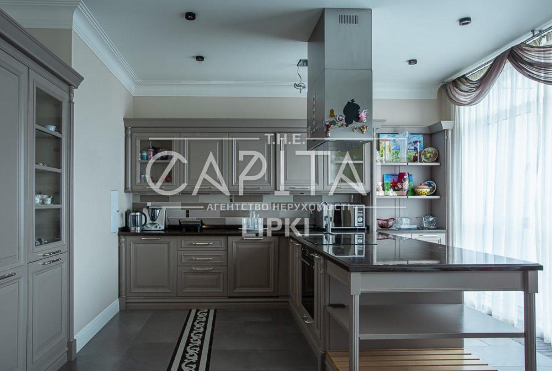 Продажа 5 комн. квартиры Драгомирова 14 за 675000 USD